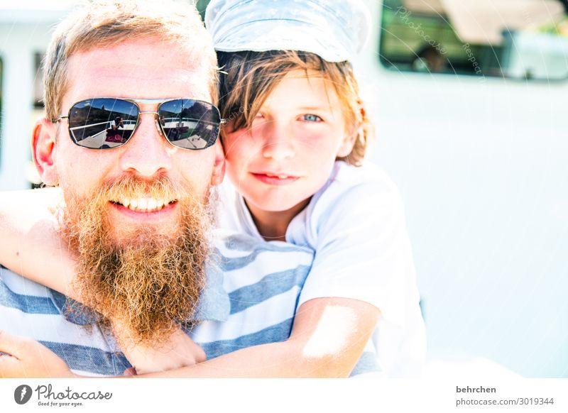 zwei zum lieben Kind Junge Mann Erwachsene Eltern Vater Familie & Verwandtschaft Kindheit Haut Kopf Haare & Frisuren Gesicht Auge Ohr Nase Mund Lippen Zähne