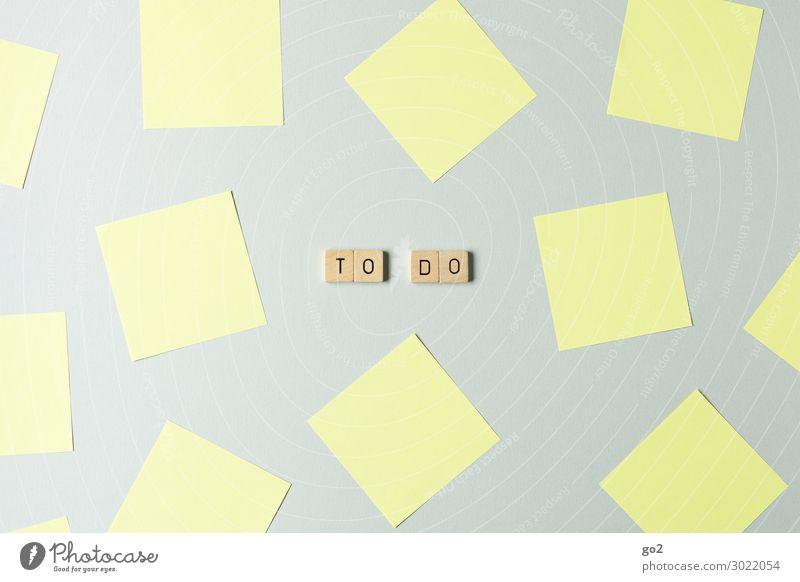 To Do Schule Studium Arbeit & Erwerbstätigkeit Beruf Büroarbeit Arbeitsplatz Karriere Erfolg Sitzung sprechen Team Papier Zettel Holz Schriftzeichen viele