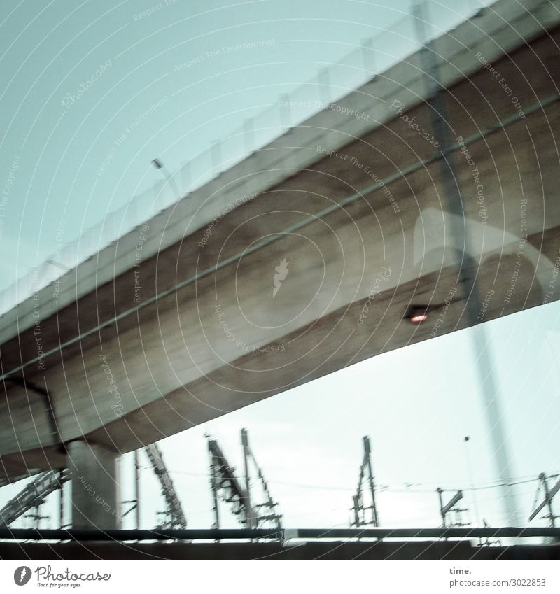 Highway | on the road again Himmel Horizont New York City Stadtrand Hafen Brücke Bauwerk Architektur Mauer Wand Verkehr Verkehrswege Personenverkehr