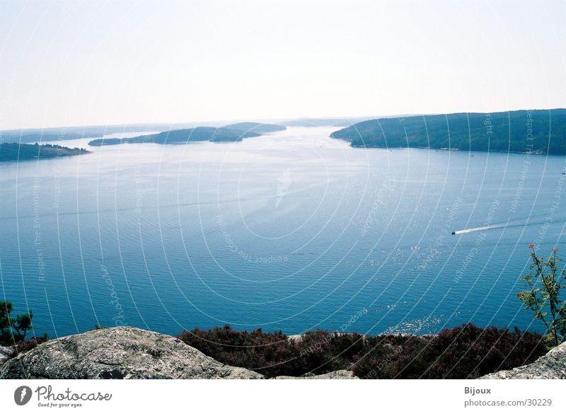 Oben angekommen 1.0 Wasser ruhig Einsamkeit Ferne Berge u. Gebirge See groß Schweden Tal Fjord Skandinavien