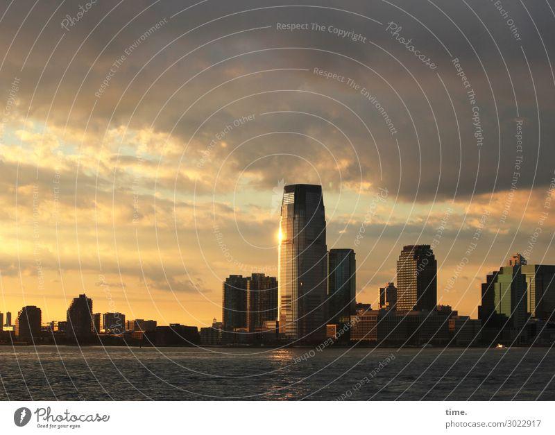 dusk line, manhattan Wasser Himmel Wolken Horizont Sonnenaufgang Sonnenuntergang Herbst Schönes Wetter Küste New York City Hafenstadt Skyline Hochhaus
