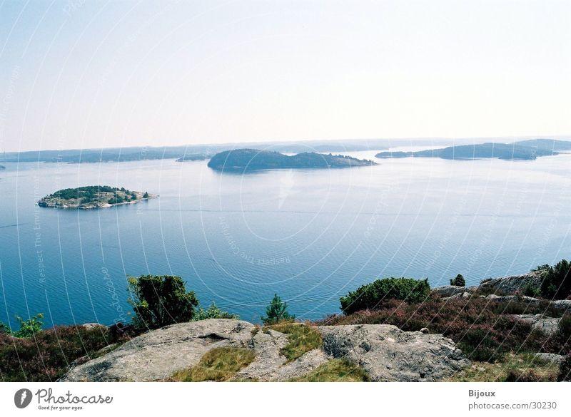 Oben angekommen 2.0 Wasser ruhig Einsamkeit Ferne Berge u. Gebirge See groß Schweden Tal Fjord Skandinavien