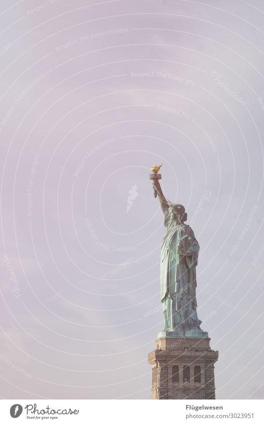 Freiheit Ferien & Urlaub & Reisen Reisefotografie Tourismus Ausflug Abenteuer Ferne Sightseeing Städtereise Sehenswürdigkeit Wahrzeichen Denkmal Freiheitsstatue