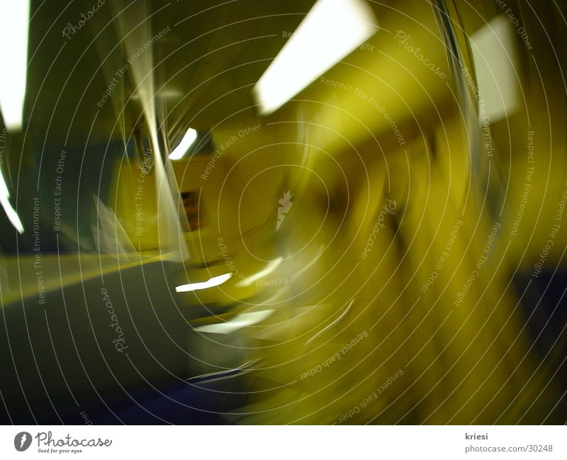 grün_gelbe_bewegung grün Ferien & Urlaub & Reisen gelb Bewegung Eisenbahn U-Bahn