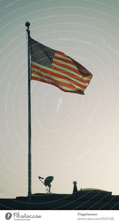 1) God bless America (aber bitte schnell) Amerika Amerikaner USA Stars and Stripes Fahne Nationalitäten u. Ethnien Patriotismus Lokalpatriotismus Erfolg