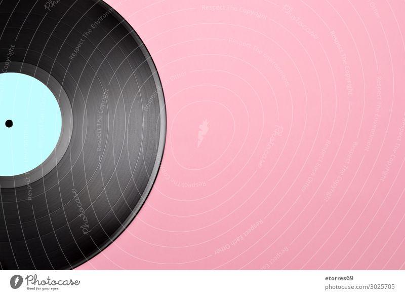 Vintage-Vinylplatte mit leerem blauem Etikett Schallplatte Aufzeichnen Rekord Lamelle Musik altehrwürdig Album analog Audio Kreis Disco klassisch Hipster