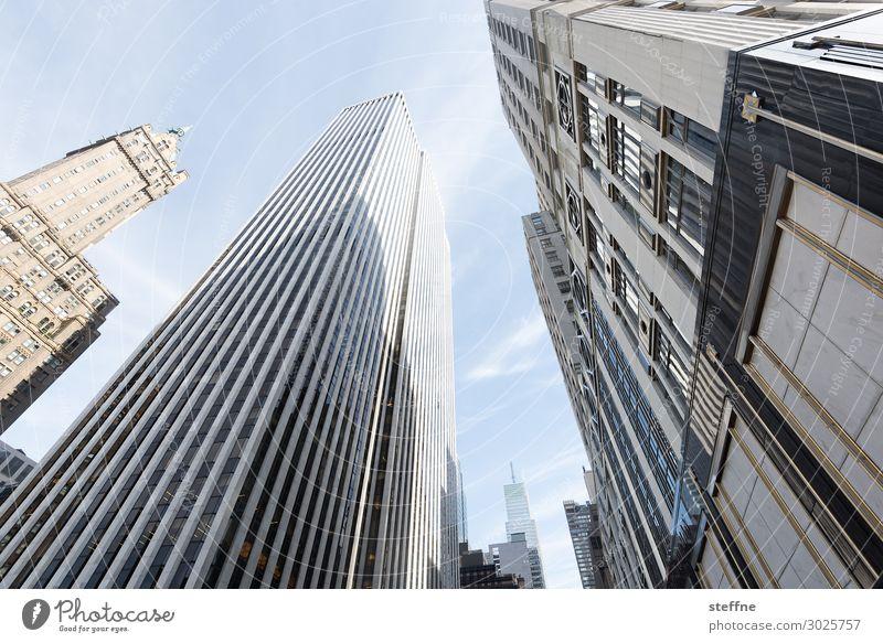 5th Av E58th St Stadt Skyline New York City Manhattan 5th Avenue Hochhaus Schönes Wetter Reichtum kaufen Farbfoto Gedeckte Farben Außenaufnahme Menschenleer