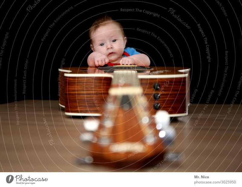 Rock 'n' Roll Junior Freizeit & Hobby Musik Mensch Baby 1 0-12 Monate Musik hören Musiker Gitarre Gitarrenspieler Gitarrenhals Gitarrensaite Glück Freude