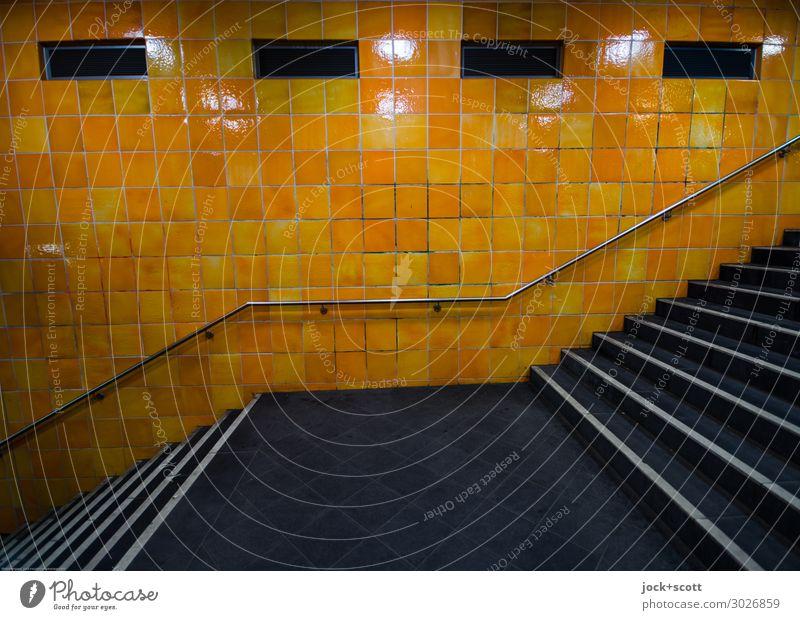 ruff & runta Wand Treppe U-Bahn Treppengeländer Fliesen u. Kacheln authentisch retro orange ästhetisch Nostalgie Symmetrie Wege & Pfade Treppenabsatz