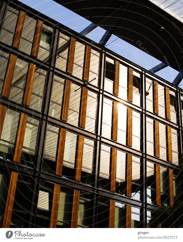 Architektur geblendet blau Stadt Haus Fenster schwarz Wärme gelb Beleuchtung Gebäude orange braun Fassade leuchten gold Hochhaus