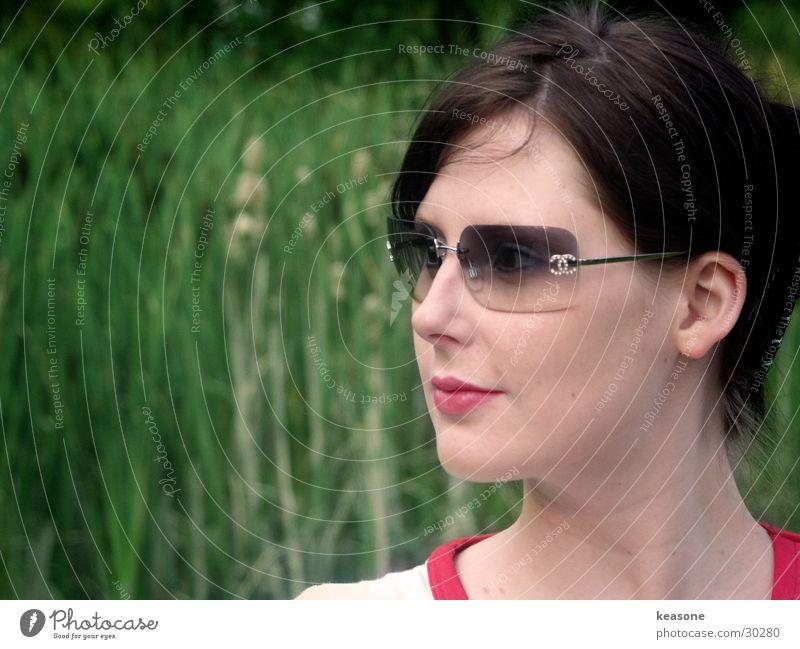 mareike Frau Sonne grün Auge feminin Haare & Frisuren Haut Nase süß Brille Gesicht