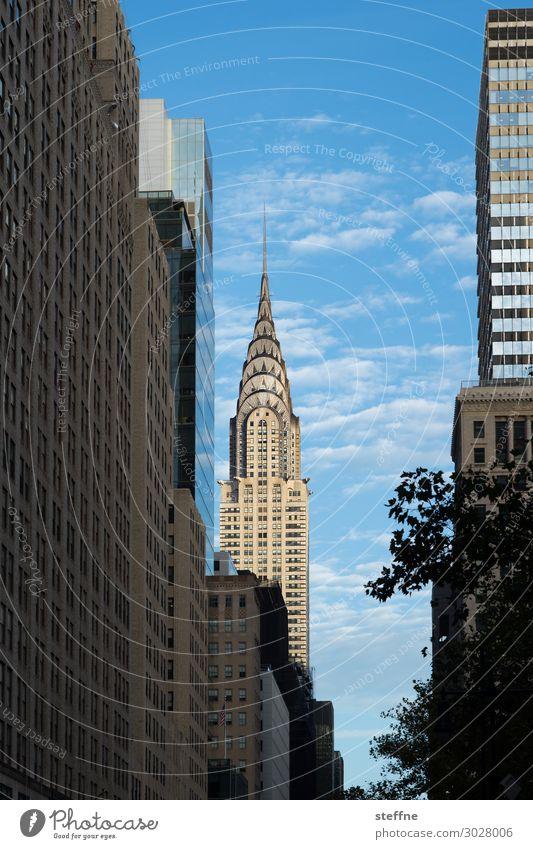 kreisler Stadt Stadtzentrum Skyline Hochhaus Fassade New York City Chrysler Building Manhattan USA Sehenswürdigkeit Tourismus Blauer Himmel Farbfoto