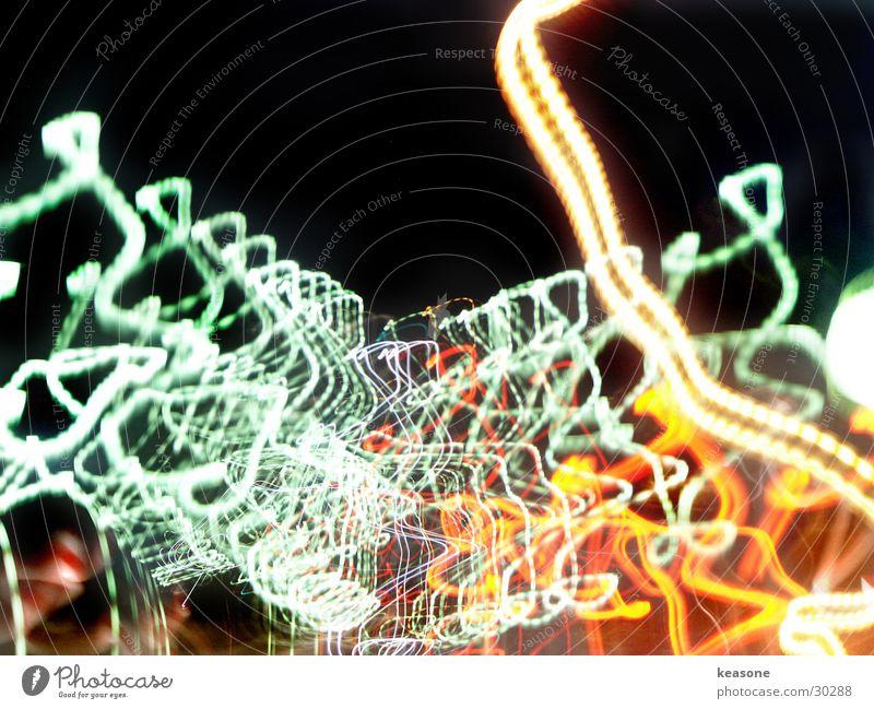swoosh5 Langzeitbelichtung Straße Linse Farbe Licht http://www.keasone.de