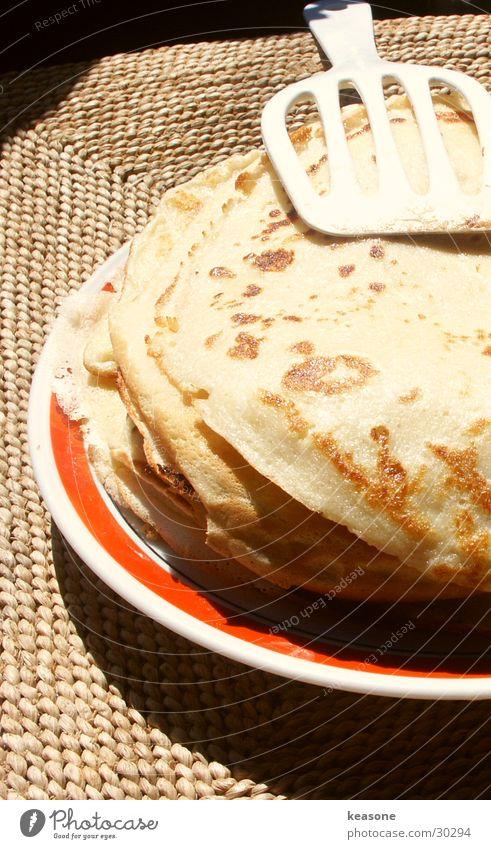 pfannkuchen...hmmm Ernährung Wärme Tisch süß Physik Appetit & Hunger Teller Besteck Hochformat Pfannkuchen
