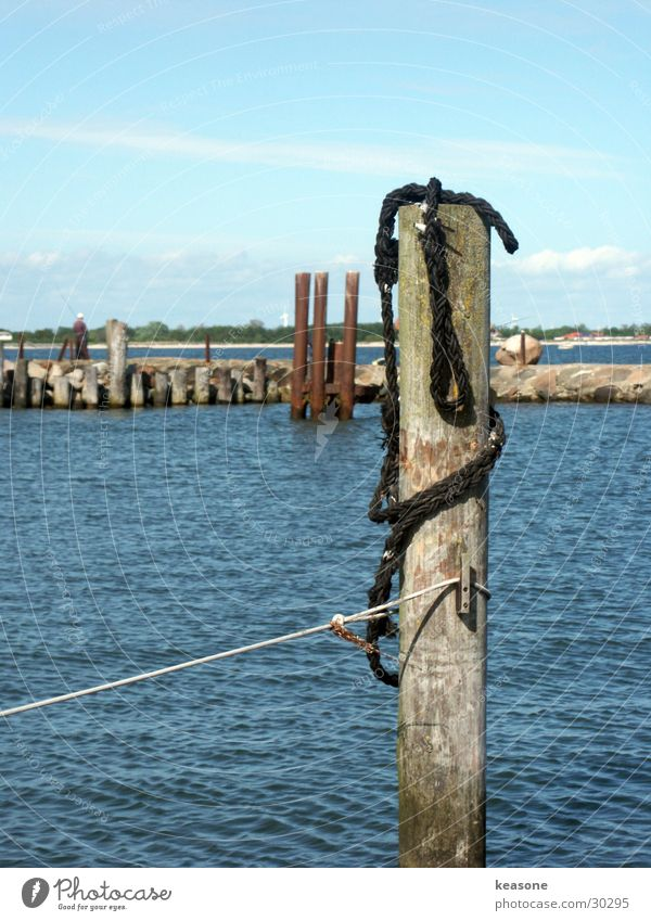 hafen1 Segeln Holz ankern Europa Hafen Seil Wasser blau Linse http://www.keasone.de