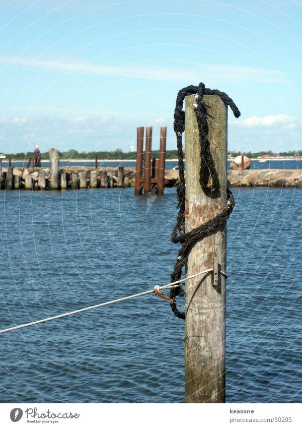 hafen1 Wasser blau Holz Seil Europa Hafen Segeln Linse ankern