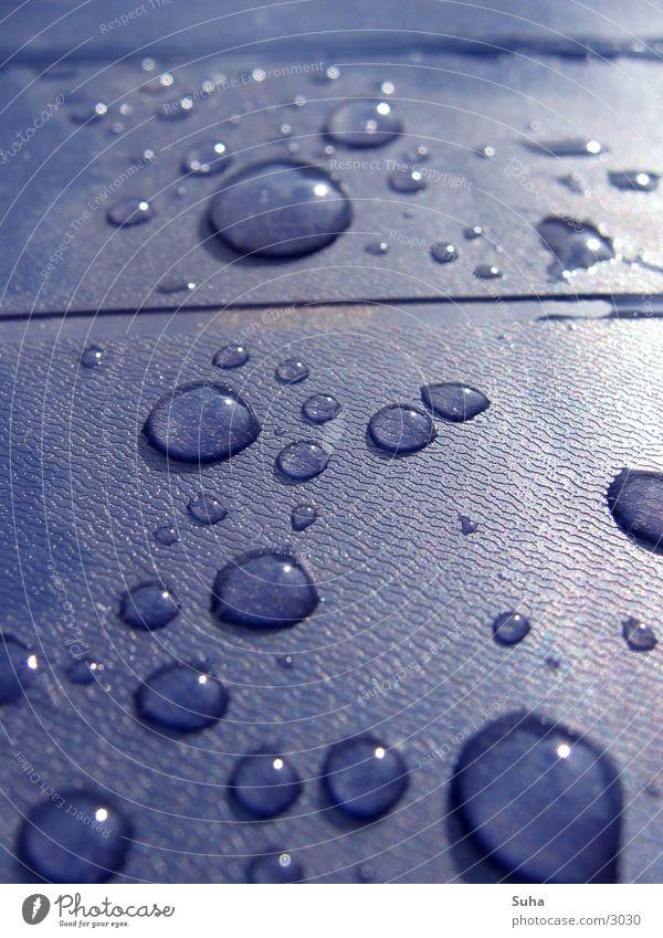 Tränen des Himmels Regen Tisch Wassertropfen Reflektion