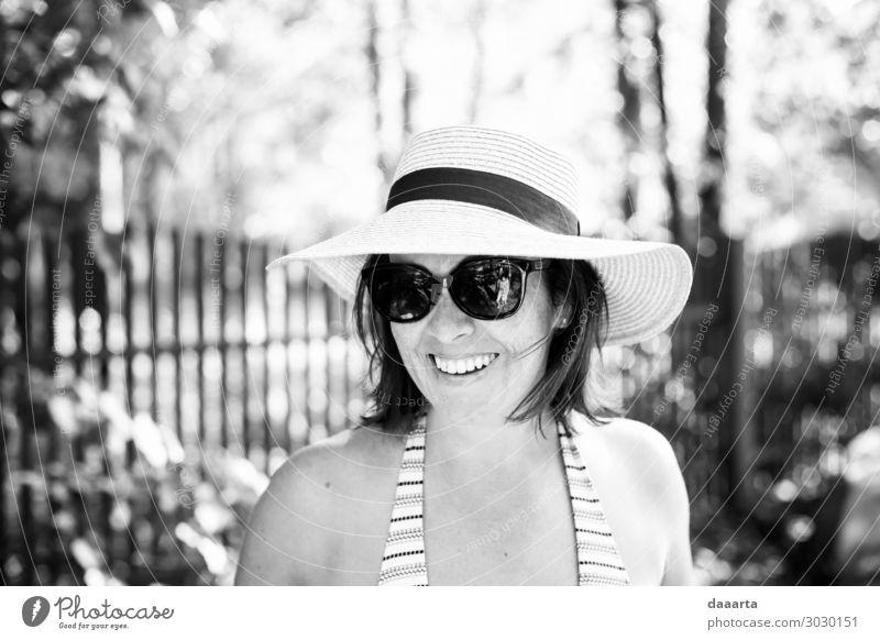 Sommerzeit elegant Stil Freude Leben harmonisch Freizeit & Hobby Ferien & Urlaub & Reisen Ausflug Abenteuer Freiheit Sightseeing Sommerurlaub Garten Mensch