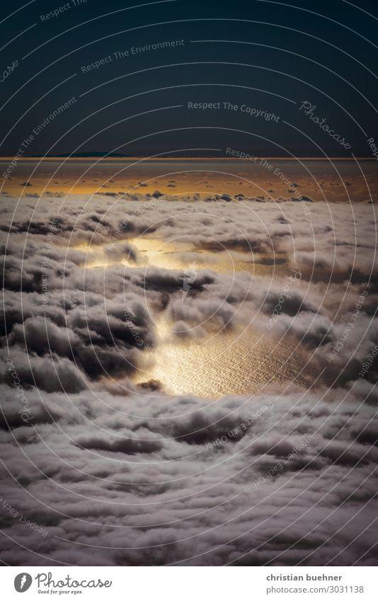 wolken über dem meer Natur Landschaft Himmel Wolken Sonne Klimawandel Glück schön Sehnsucht Einsamkeit Abenteuer Meer Teneriffa Teide Puerto de la Cruz
