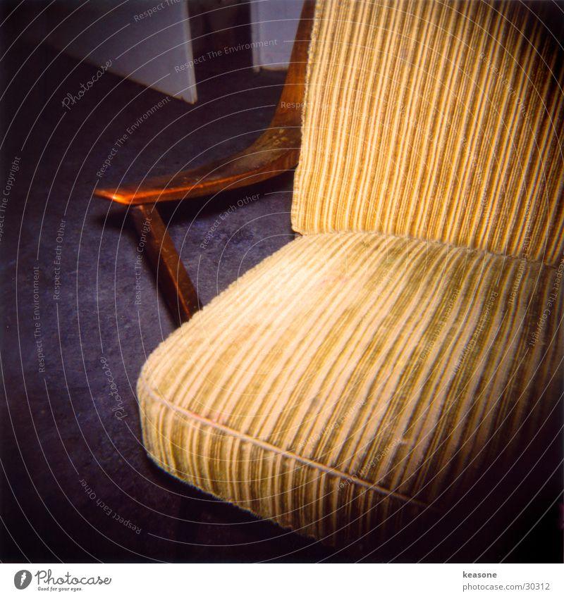 sit down man2 Erholung Holz Stuhl Möbel gemütlich Sessel Polster Fototechnik Hocker
