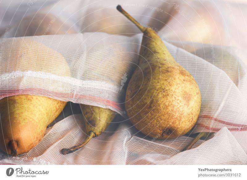 Umweltfreundliche Einkaufstasche mit frischen Früchten Lebensmittel Frucht Diät Lifestyle kaufen Gesunde Ernährung Herbst Verpackung Paket Gesundheit nachhaltig