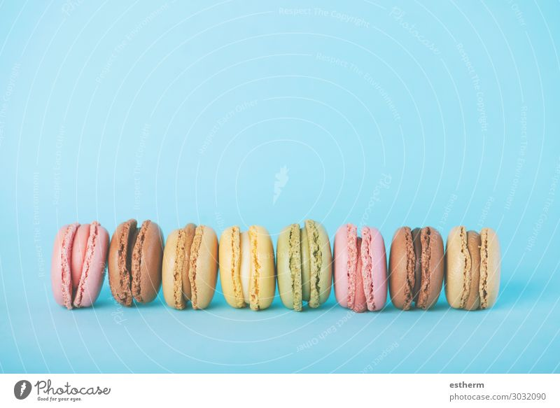 blau Farbe grün Lebensmittel Holz gelb rosa Ernährung Tisch genießen lecker Süßwaren Tradition Dessert Frühstück Schokolade