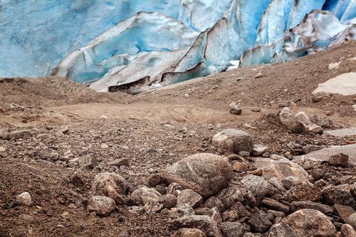 Gletscher auf dem Rückzug Ferien & Urlaub & Reisen blau Umwelt kalt braun Felsen Erde Wandel & Veränderung Urelemente Umweltschutz Surrealismus bizarr