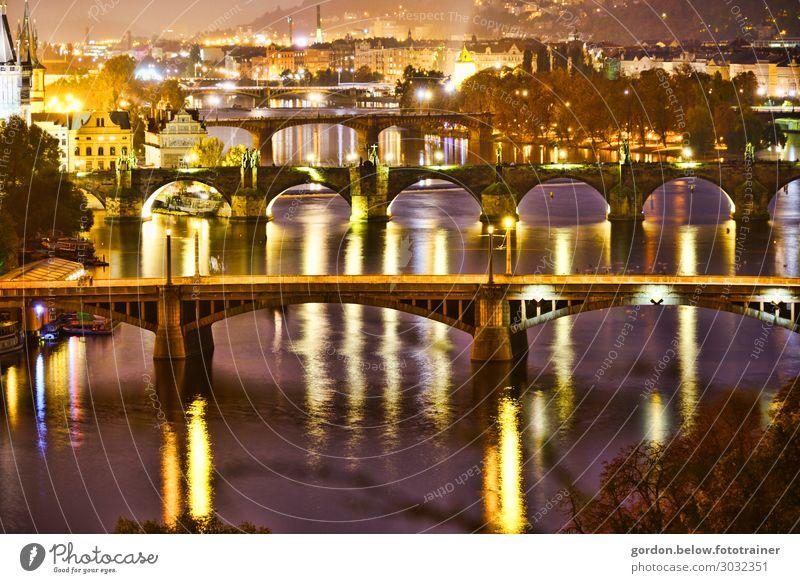 #Brücken Lifestyle ruhig Ferien & Urlaub & Reisen Kultur Herbst Baum Menschenleer Sehenswürdigkeit Stein Beton Glas Erholung außergewöhnlich Bekanntheit blau