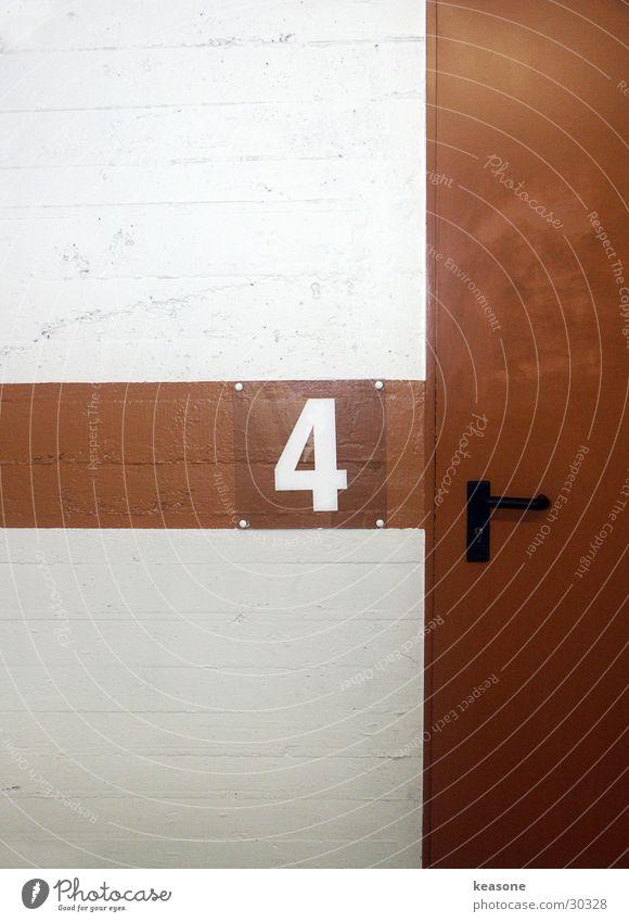 the 4 Tür Beton Ziffern & Zahlen Asphalt Garage Parkhaus Tiefgarage