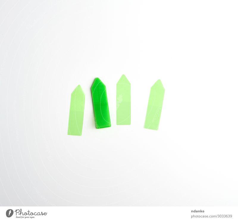 Kunststoff grün Klettverschluss Lesezeichen für Papier Büro Business oben weiß Idee flach Hintergrund Ausschnitt Schaden Schriftstück Saum Element leer