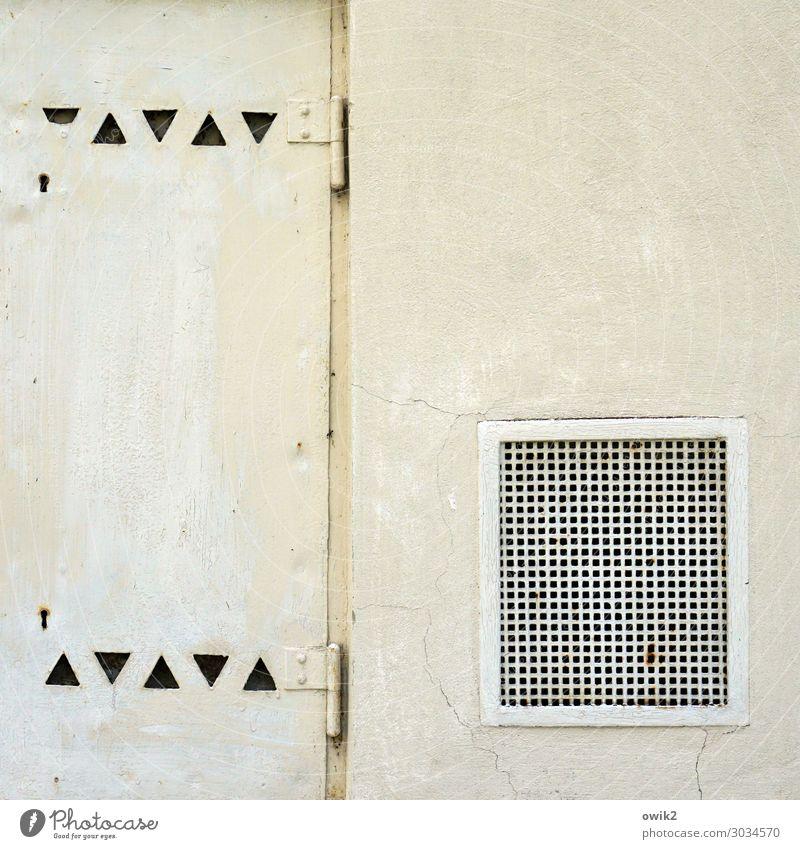 Durchlässig Belüftung Gitter Gitterrost Dreieck Metall alt eckig einfach Farbfoto Außenaufnahme abstrakt Muster Strukturen & Formen Menschenleer