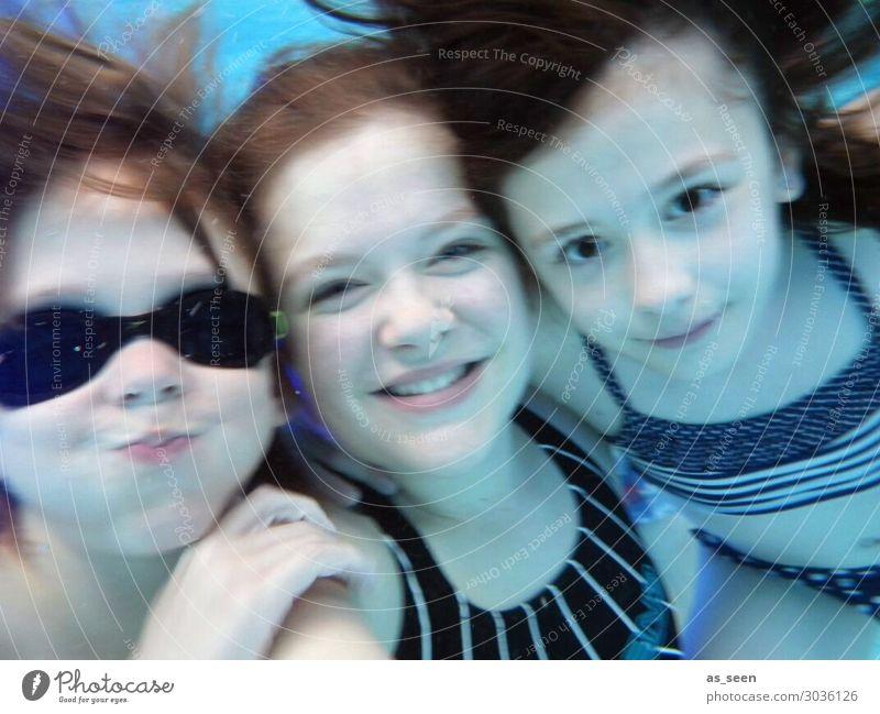 Unterwasserselfie Schwimmbad Schwimmen & Baden Freizeit & Hobby Ferien & Urlaub & Reisen Tourismus Sommer Sommerurlaub Sonne Meer Kind Mädchen Junge