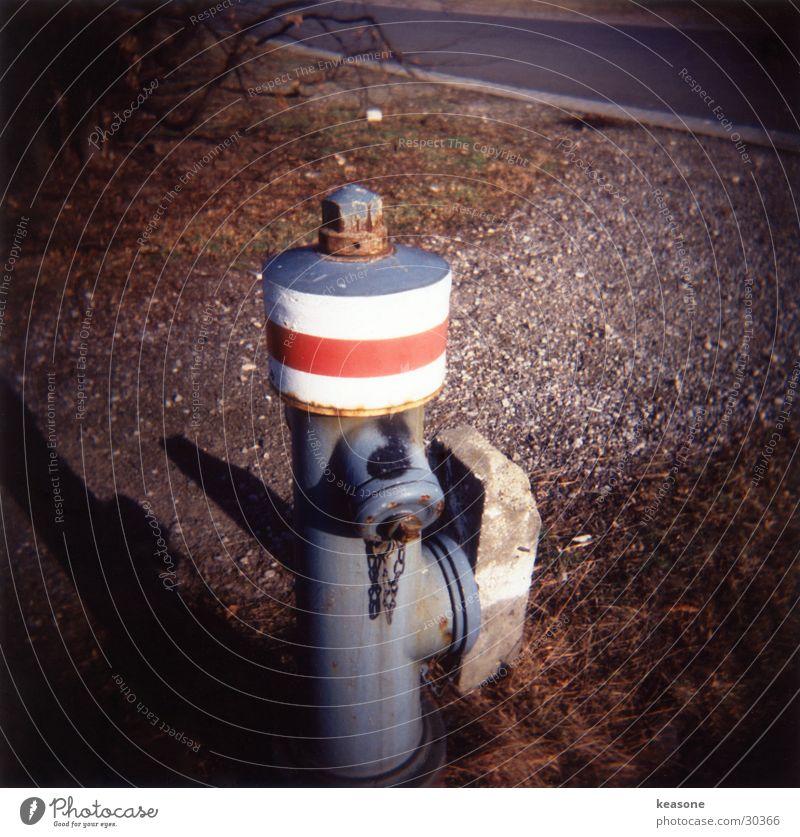 need some water? Wasserhahn Hydrant Zapfsäule Holga Fototechnik Straße www.keasone.de