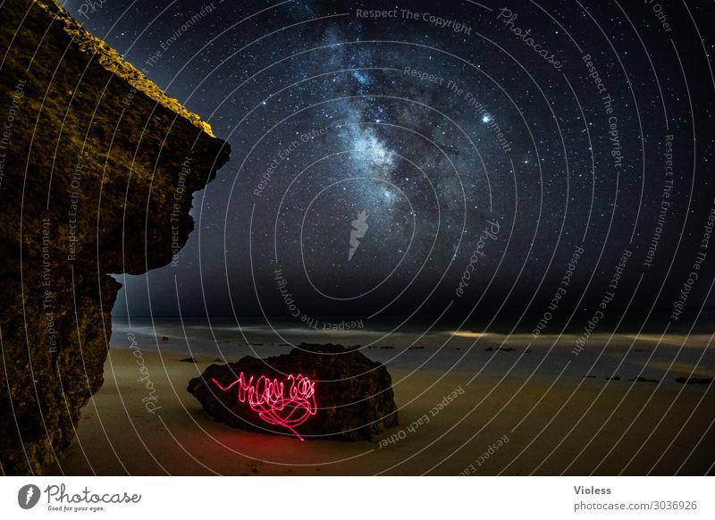 MilkyWay V Umwelt Natur Landschaft Urelemente Himmel Wolkenloser Himmel Nachthimmel Stern Horizont Felsen Wellen Küste Strand Meer beobachten glänzend dunkel
