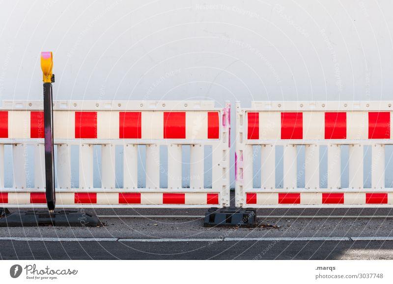 Baustelle weiß rot Straße Verkehr Sicherheit Barriere