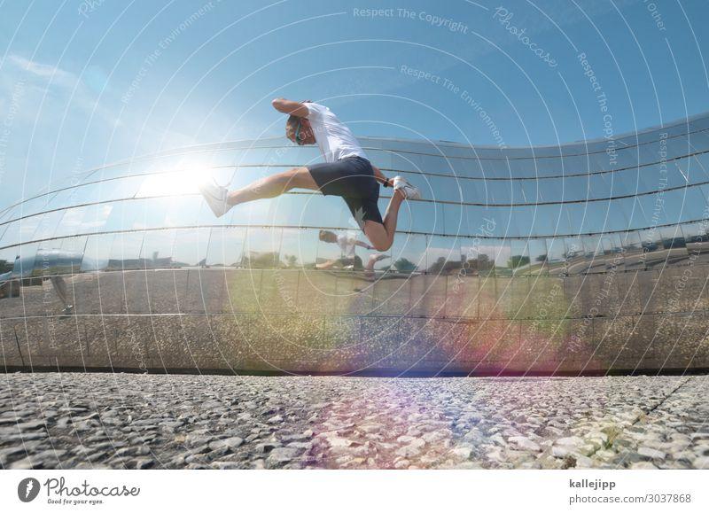zeitmaschine Lifestyle Sport Fitness Sport-Training Mensch maskulin Körper 1 45-60 Jahre Erwachsene Stadt Fassade T-Shirt Badehose Spiegel springen Zukunft