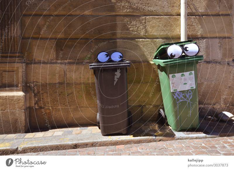 müller sucht frau Mensch Auge 2 Stadt Blick Geruch Mundgeruch Telekommunikation Flirten Müllbehälter Comic Comicfigur Tierpaar lustig Freude Farbfoto mehrfarbig