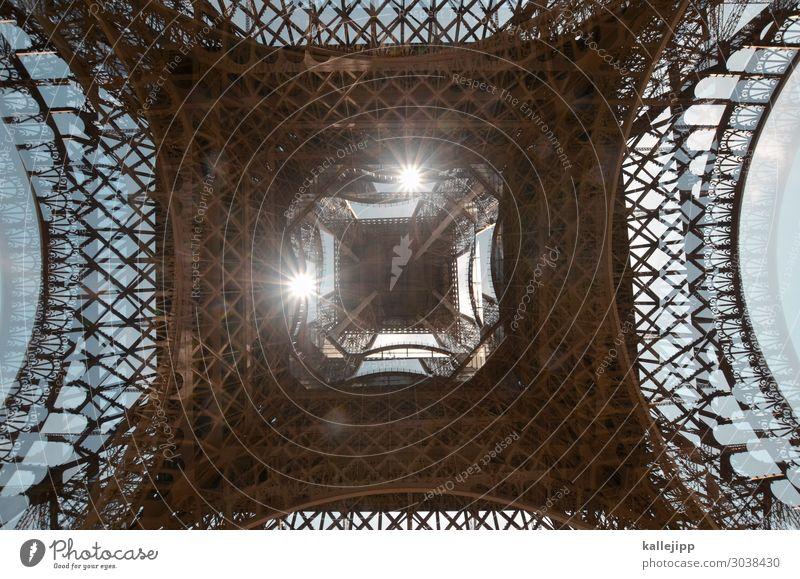 unterm tum rumturnen Tourismus Ausflug Sehenswürdigkeit Wahrzeichen Tour d'Eiffel türkis Paris Frankreich Doppelbelichtung Eisen eisenkonstruktion