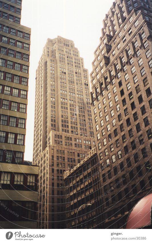 NYC Skyscraper Ferien & Urlaub & Reisen Städtereise bevölkert Hochhaus Gebäude Fassade hoch modern Stadt braun New York City Amerika Nordamerika USA Architektur