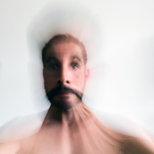 Unscharf und ungelenk Mensch Mann Erwachsene lustig Gefühle Kopf maskulin Überraschung Stress Respekt Nervosität Entsetzen verstört Unglaube