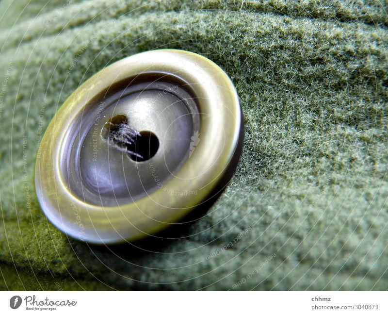 Großer, grüner Knopf Bekleidung Detailaufnahme Mode Nähen Handarbeit Öse Knopfloch Stoff Wolle Mantel Schneider Faden Garn