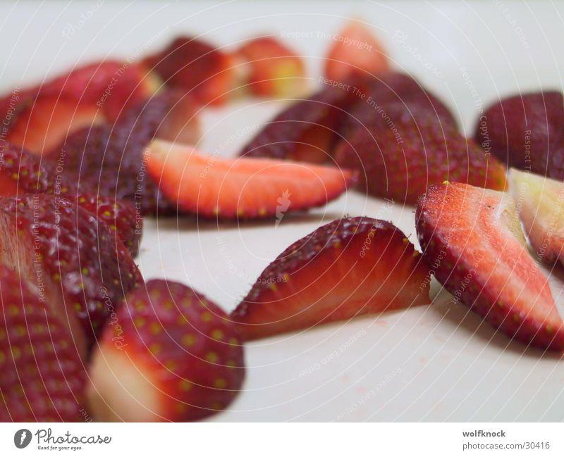 erdbeeren rot Ernährung süß Beeren Erdbeeren geschnitten