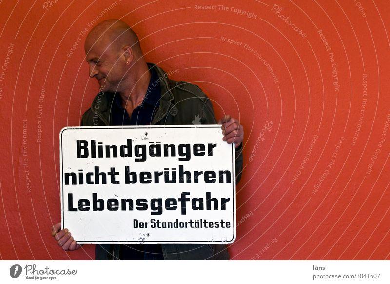 Warnung l geschriebenes Mensch maskulin Leben 1 45-60 Jahre Erwachsene Hamburg Mauer Wand Schriftzeichen Ziffern & Zahlen Schilder & Markierungen Hinweisschild