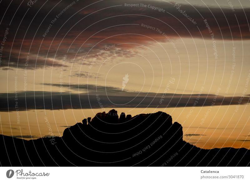 Silhouette Berge u. Gebirge wandern Natur Landschaft Himmel Wolken Horizont Sonnenaufgang Sonnenuntergang Hügel Felsen Wüste alt authentisch außergewöhnlich