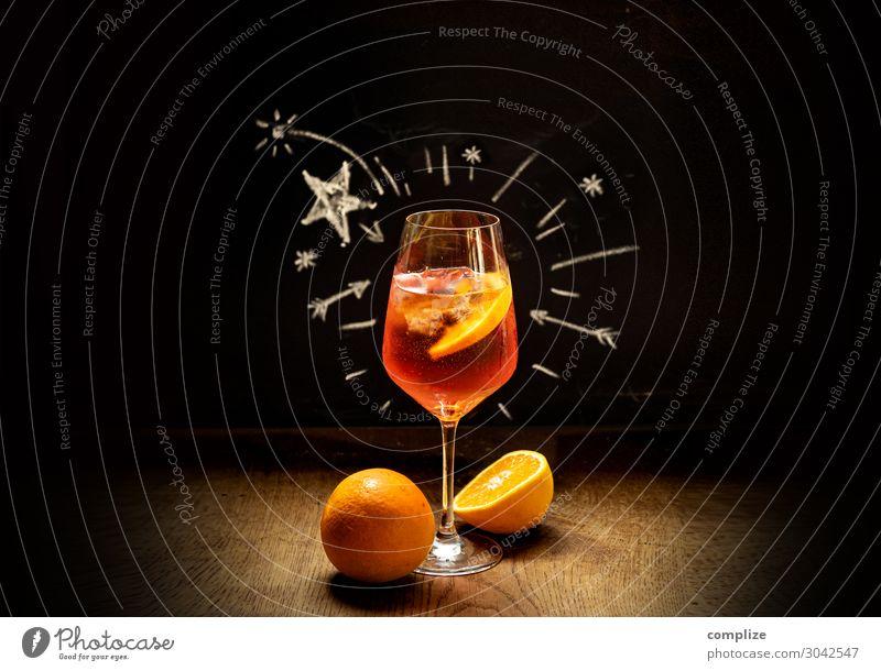 Beliebter italienischer Sommer-Drink Lebensmittel Getränk trinken Erfrischungsgetränk Alkohol Spirituosen Wein Sekt Prosecco Longdrink Cocktail Glas