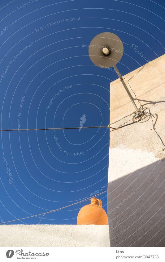 Griechische Momente Griechenland Haus Dach Lampe Himmel Farbenlehre Schatten licht
