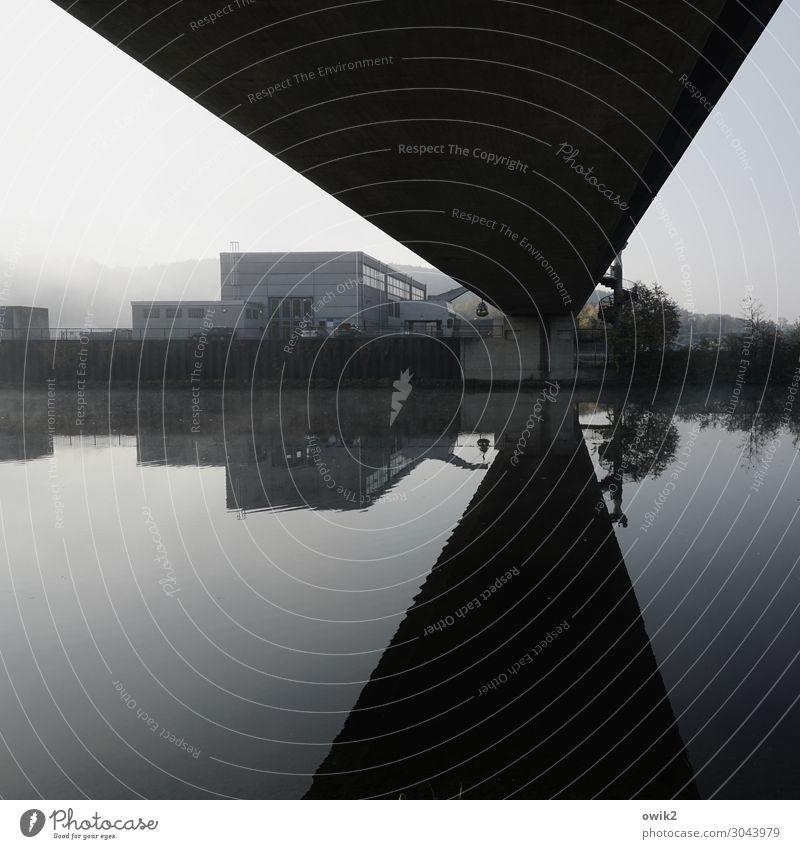 Übergangslösung Umwelt Landschaft Wasser Himmel Horizont Schönes Wetter Flussufer Donau Bayern Brücke Gebäude Verkehr Verkehrswege dunkel eckig fließen ruhig