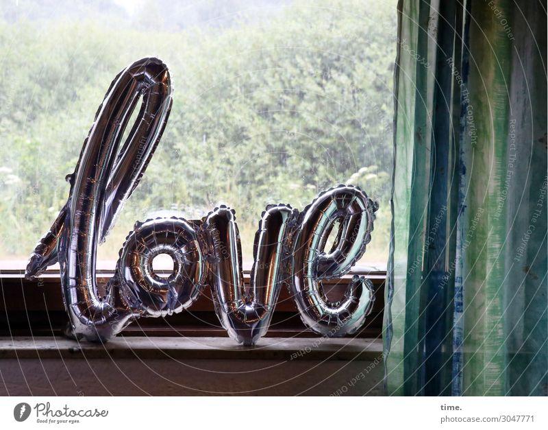aufblasbare Liebe | Firlefanz Fenster Leben Stimmung Häusliches Leben Design Dekoration & Verzierung Regen Schriftzeichen Kommunizieren Luft Idylle Sträucher