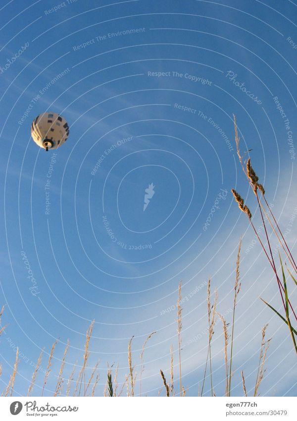 Ballon am Himmel Himmel Stimmung Freizeit & Hobby Ballone