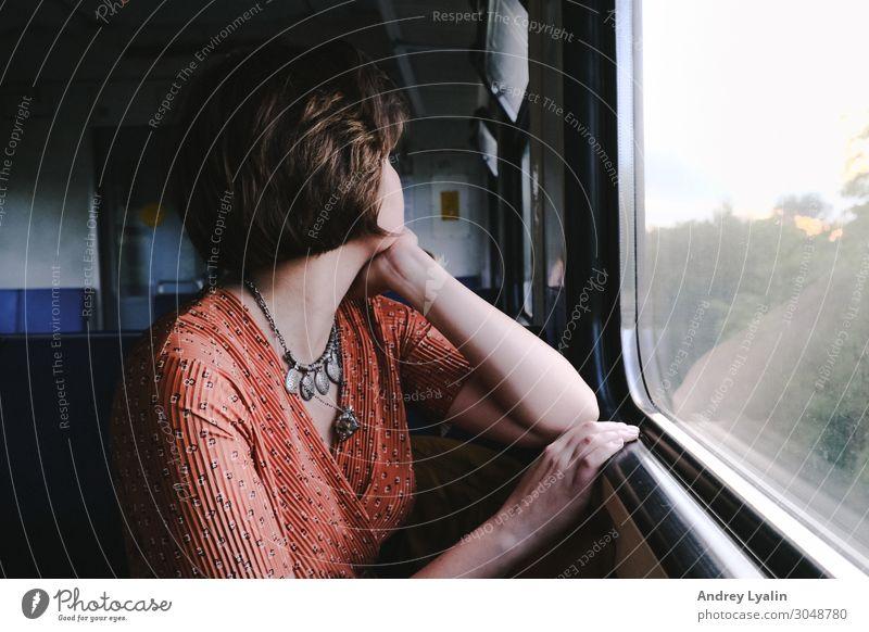 Zugfahrt Lifestyle Körper Ferien & Urlaub & Reisen Tourismus Ausflug Abenteuer Sommer Mensch feminin Junge Frau Jugendliche Erwachsene Kopf Gesicht 1
